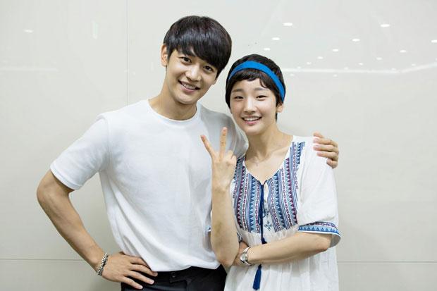 jonghyun en ezqf dating polyamoreel dating sites gratis