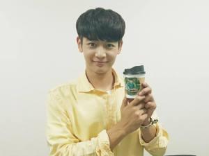 MinHo Holding Flamers Gift